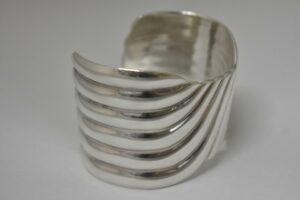 Vintage-Sterling-Silver-Taxco-Mexico-Bangle-Bracelet-Marked-TD-31-192634368900-2