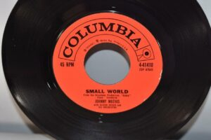 3-Johnny-Mathis-45-RPM-Columbia-Records-Pop-Small-World-NM-192156463123-5