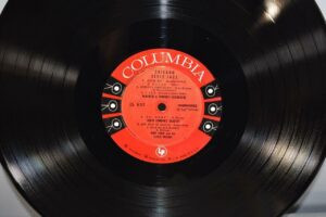 33-LP-CHICAGO-STYLE-JAZZ-COLUMBIA-6-EYE-LABEL-CL-632-HISTORY-OF-CHICAGO-STYLE-192111278373-4
