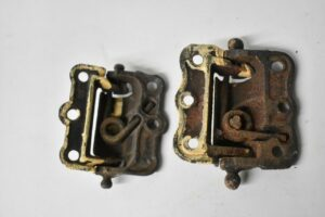 PAIR-OF-ANTIQUE-VICTORIAN-SPRING-DOOR-HINGES-HARDWARE-192223378473-4