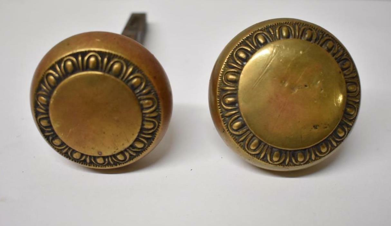 PAIR OF ANTIQUE VICTORIAN BRASS DOOR KNOBS HANDLES | Leffler\'s Antiques