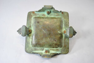 Antique-Victorian-Bronze-Inkwell-with-Verdigris-Patina-262726003847-3