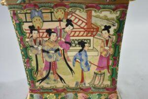 20th-Century-Chinese-Famille-Rose-Medallion-Bough-Vase-192528647528-4