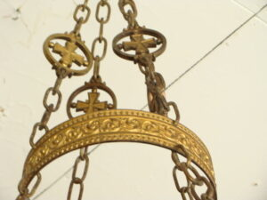 Antique-Gothic-Revival-Cathedral-Hanging-Brass-Candle-Holder-261810735209-2