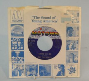 MOTOWN-SOUL-THE-SUPREMES-STONED-LOVE-SHINE-ON-ME-1969-191534937719-5