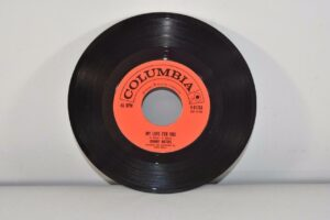 3-Johnny-Mathis-45-RPM-Columbia-Records-Pop-Small-World-NM-192156463123-8