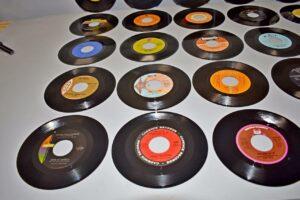 28-Soul-Pop-45RPMs-Near-Mint-Old-Store-Stock-O-Jays-BB-King-Charles-263135244534-2