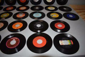 28-Soul-Pop-45RPMs-Near-Mint-Old-Store-Stock-O-Jays-BB-King-Charles-263135244534-3